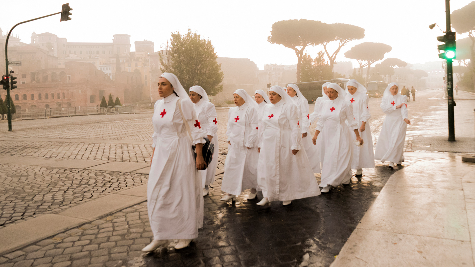 Sister nurses marching in Rome
