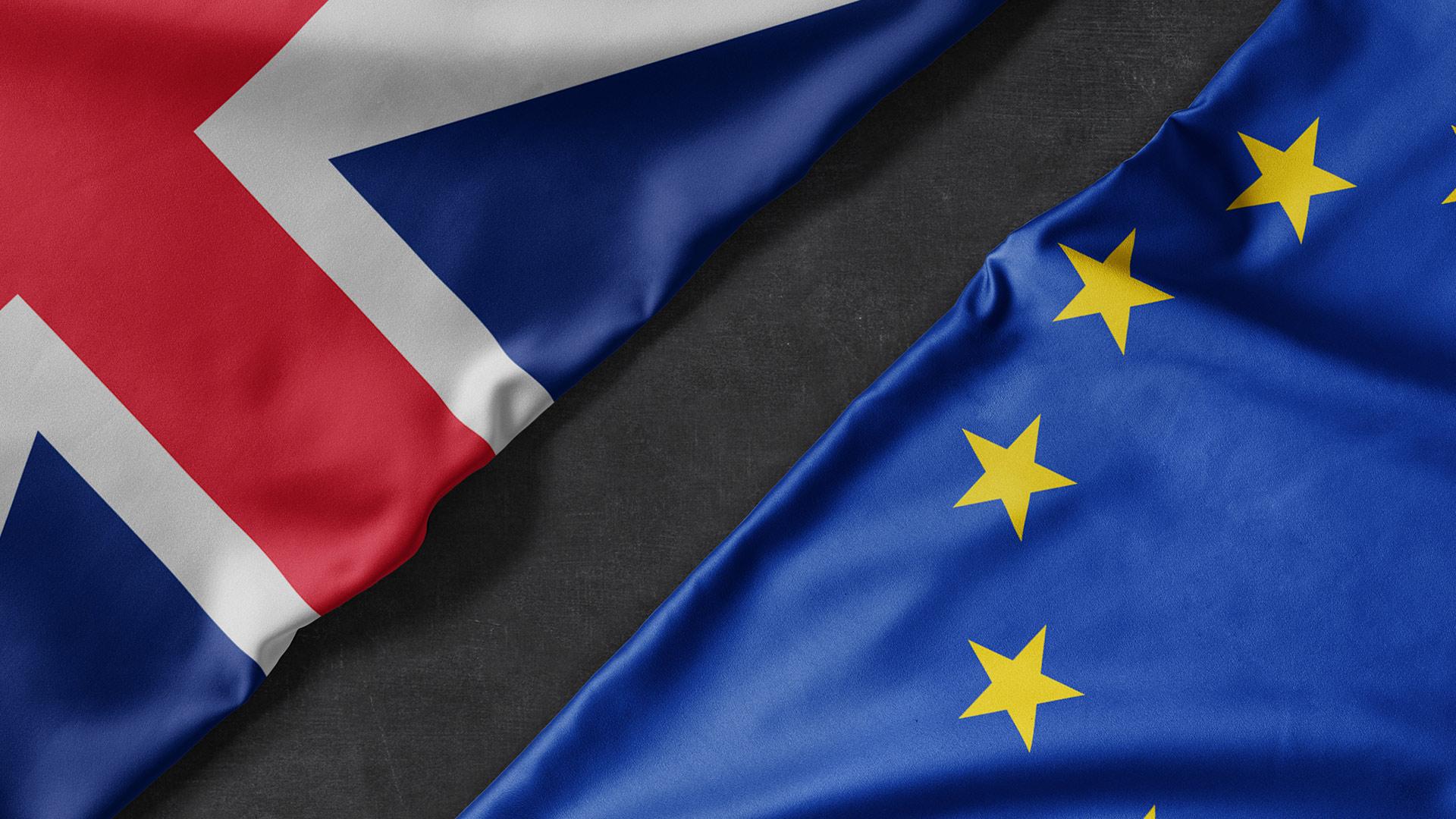 Brexit - UK and EU flag splitting