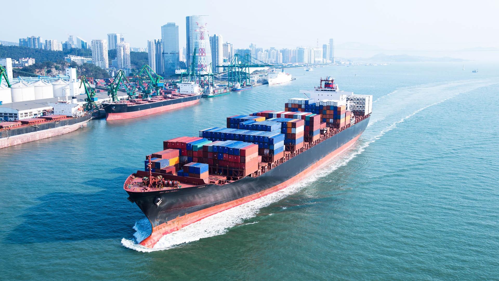cargo-carrier-ship