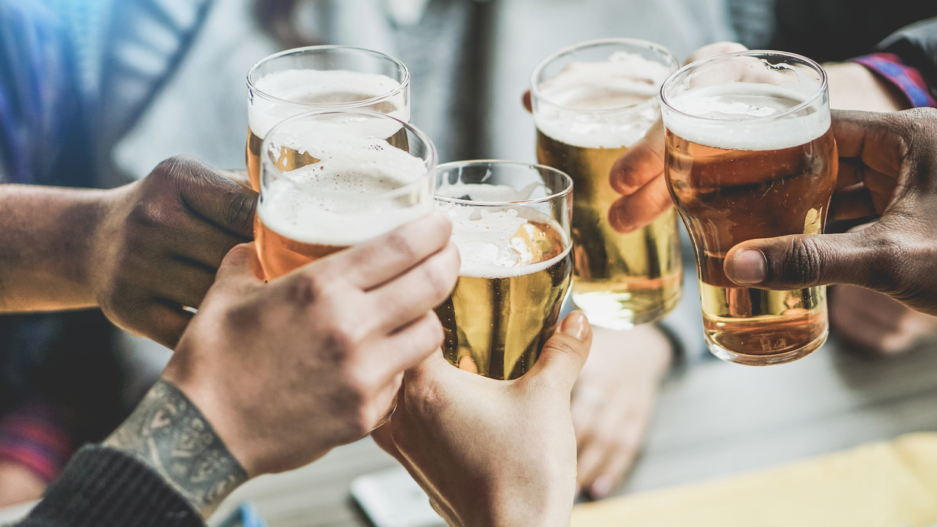 Cheers-party-beer-celebration