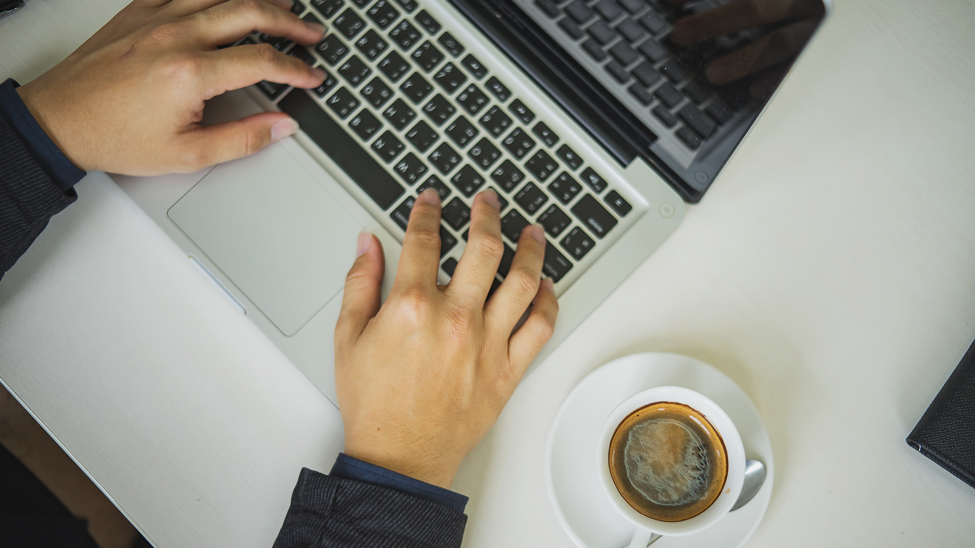 Employment-Labour-Labor-Computer-office-working-laptop-coffee