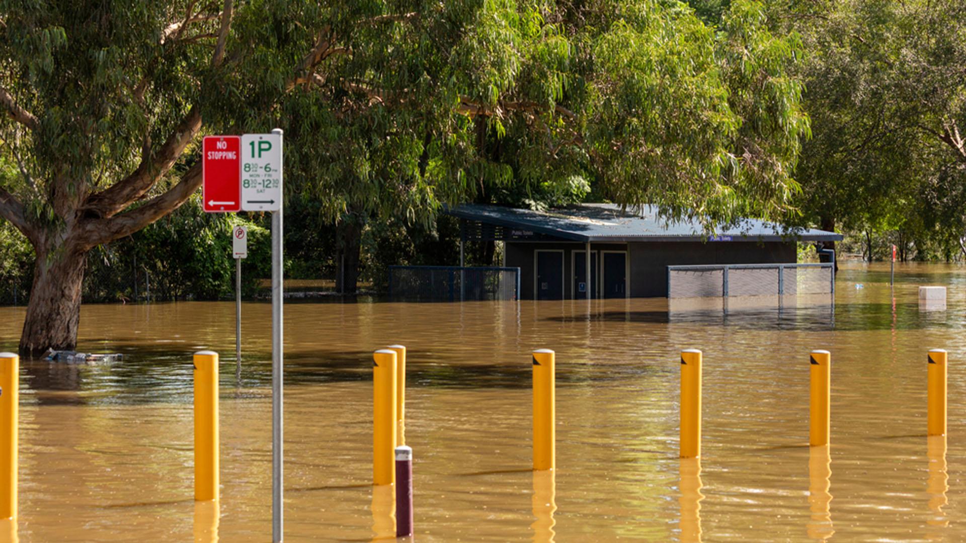 Environment-environmental-hazard-flood-Australia-Risk
