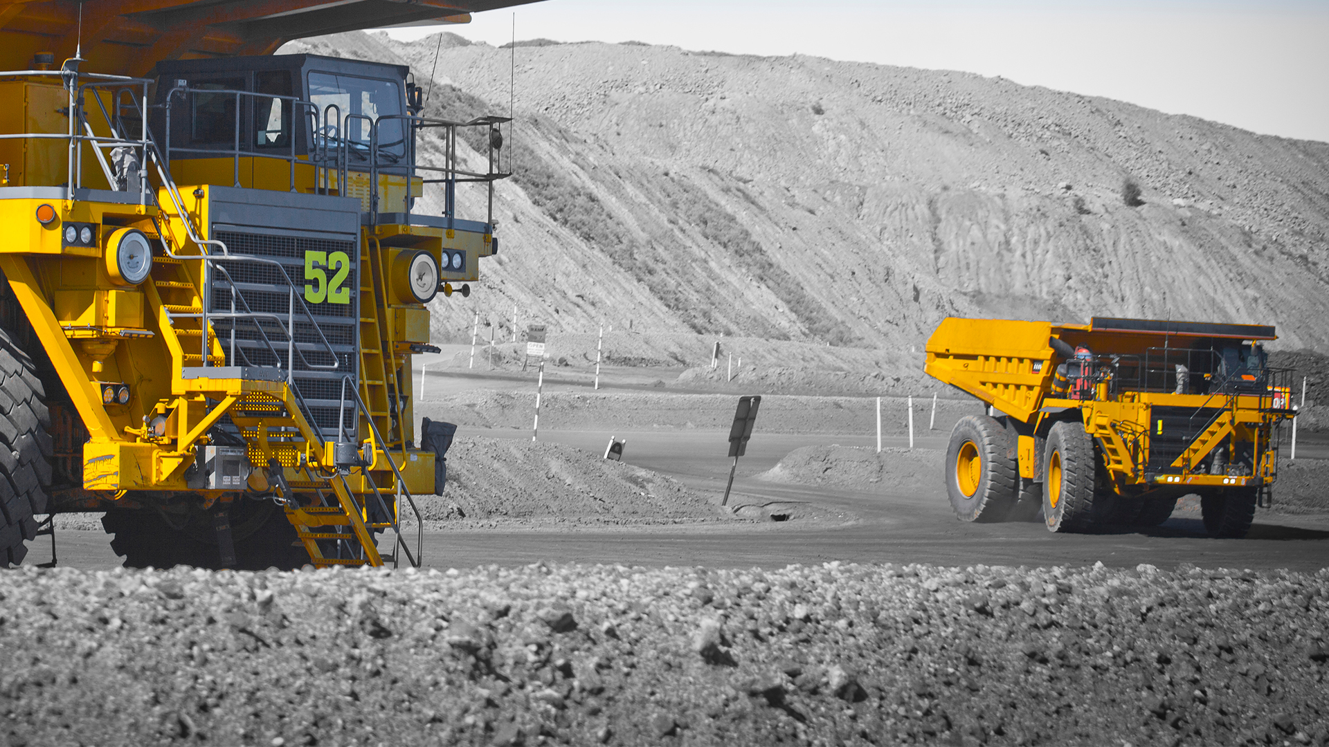 Infrastructure-mining-commodities-IMC-truck