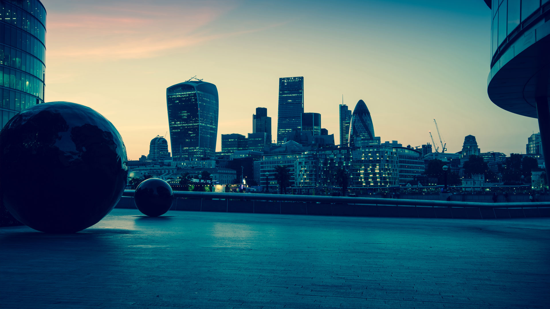 London skyline looking at the City