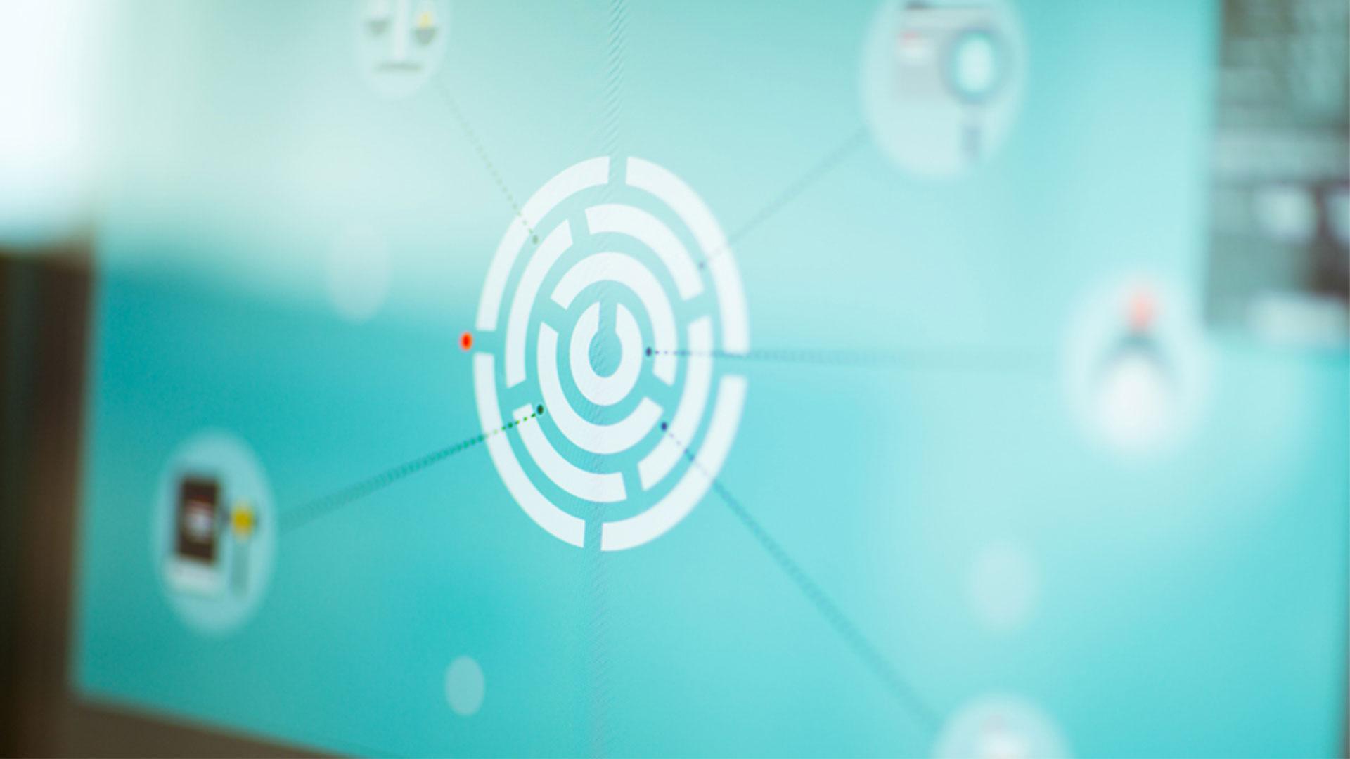 Image of an arrow on bullseye