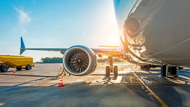 Plane refueling on tarmac