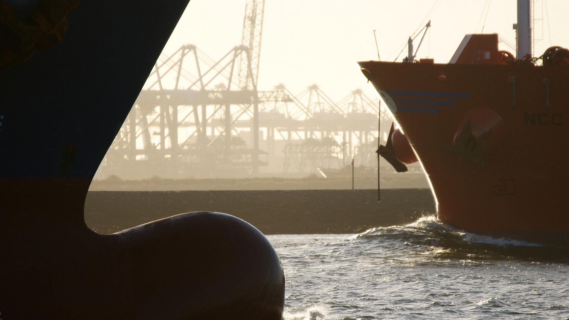 ship cargo container vessel