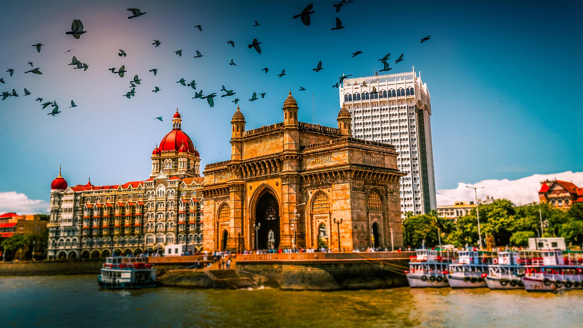 Image of Indian streatscape with Taj Mahal