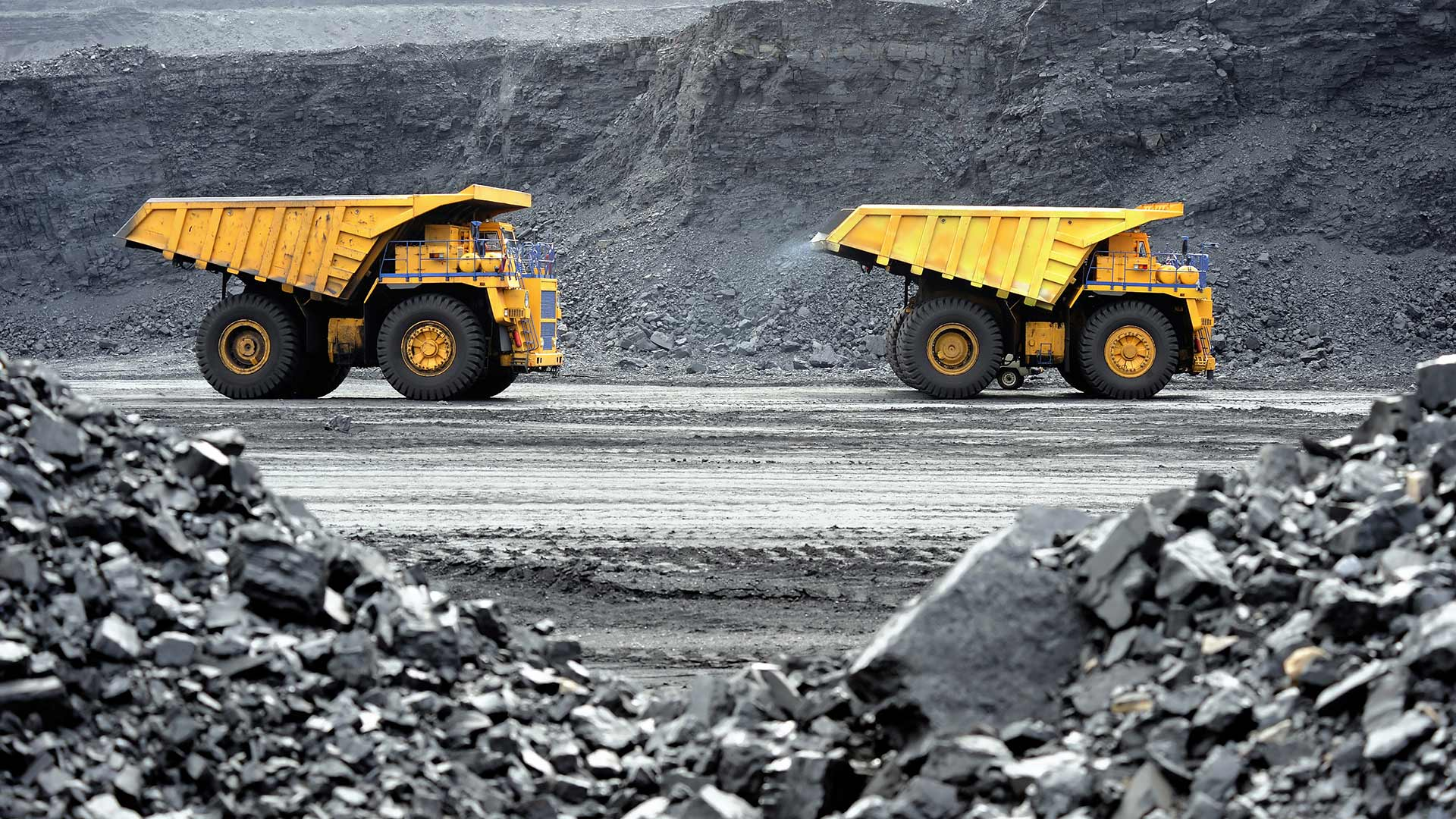 Wrong place at the wrong time: greenhouse gas emissions contribute to coal mine refusal