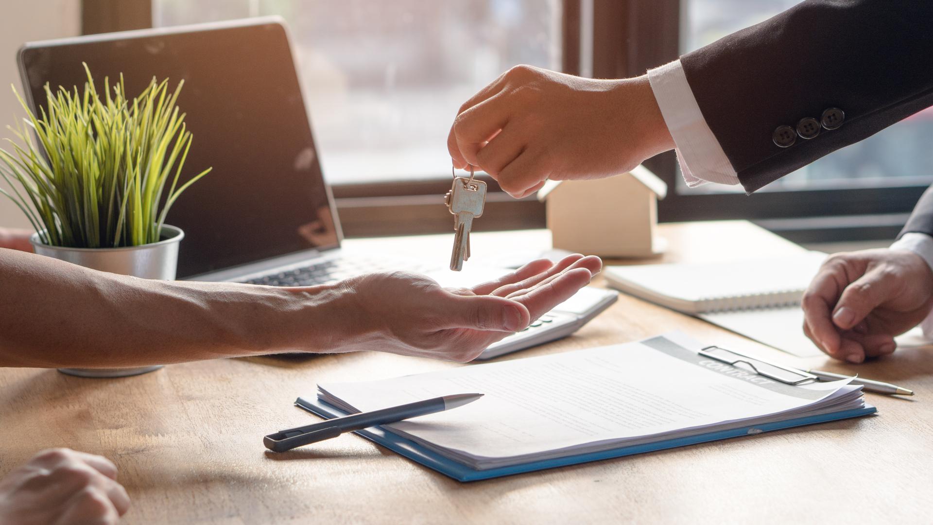 real estate house keys leasing